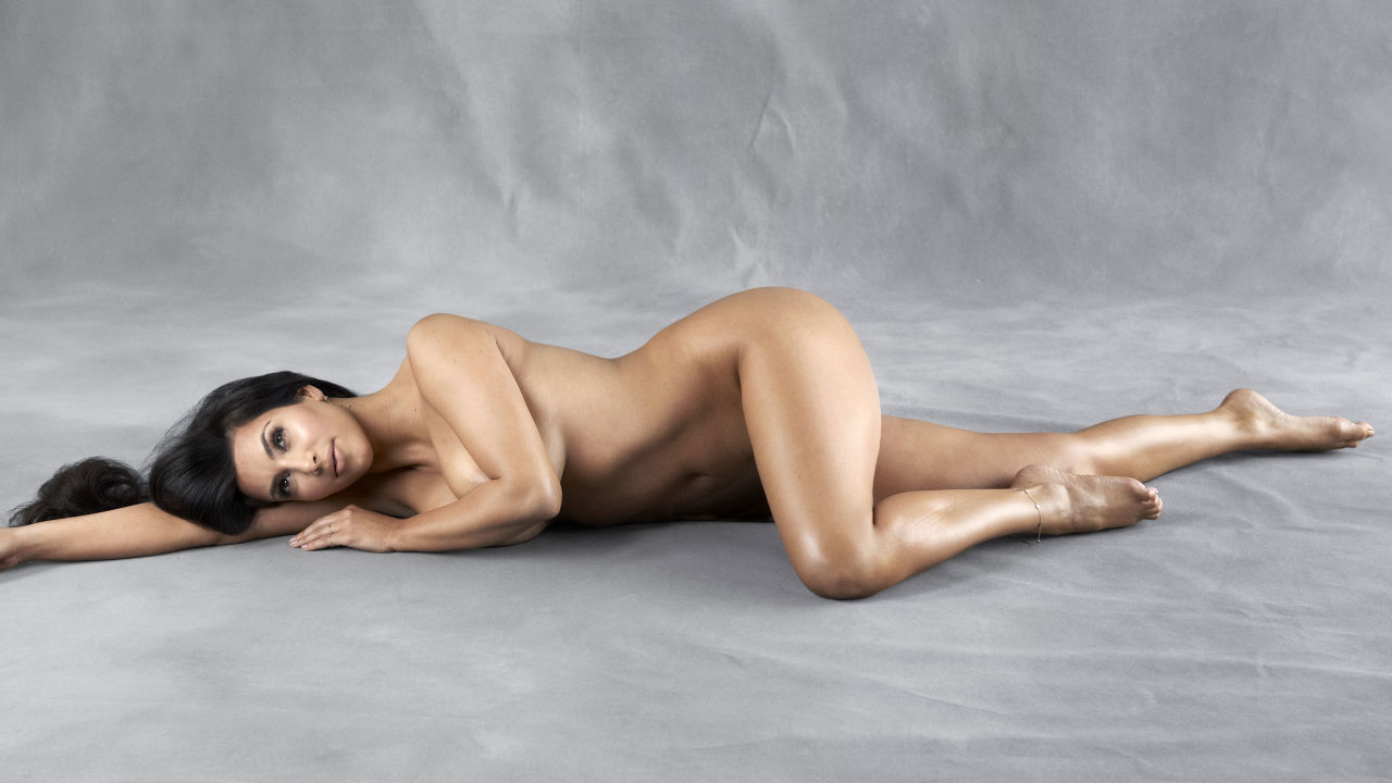 54986ec4dc3e1_-_may-2010-untouched-naked-celeb-photos-kim-lyyni8-kardashian
