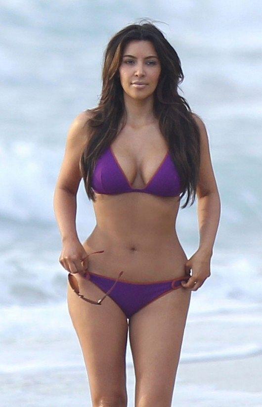 kim-kardashian-bikini-blue